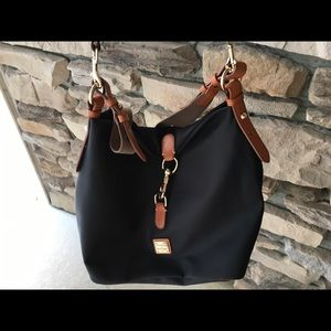 New Dooney&Bourke - black & tan